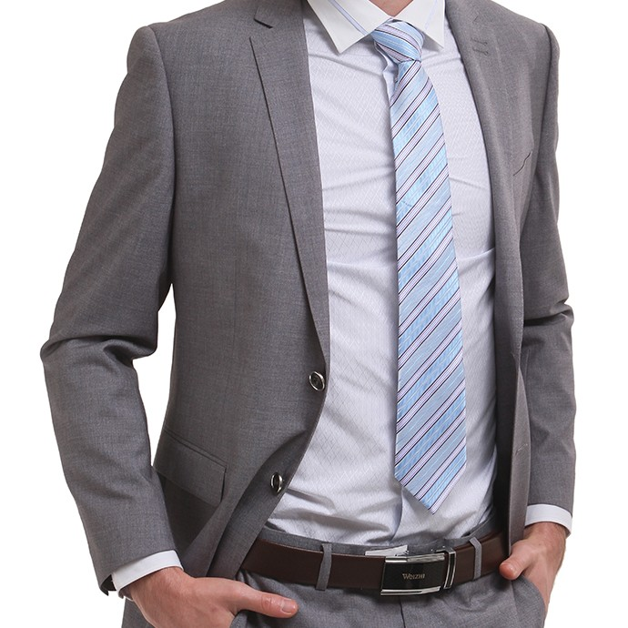 西服男装 修身型 灰色西服 商务绅士 伟志